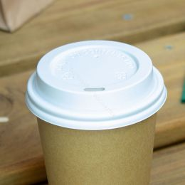 White travel lid for takeaway coffee cup 240ml 8oz