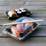 Sushi Tray Flowers + lid 220x135x20mm