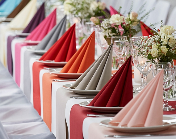 High quality airlaid napkins in many colors!